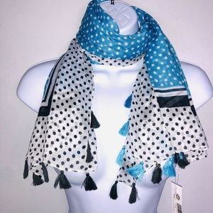 2 Chic Scarf Lightweight Square Blue White MB67